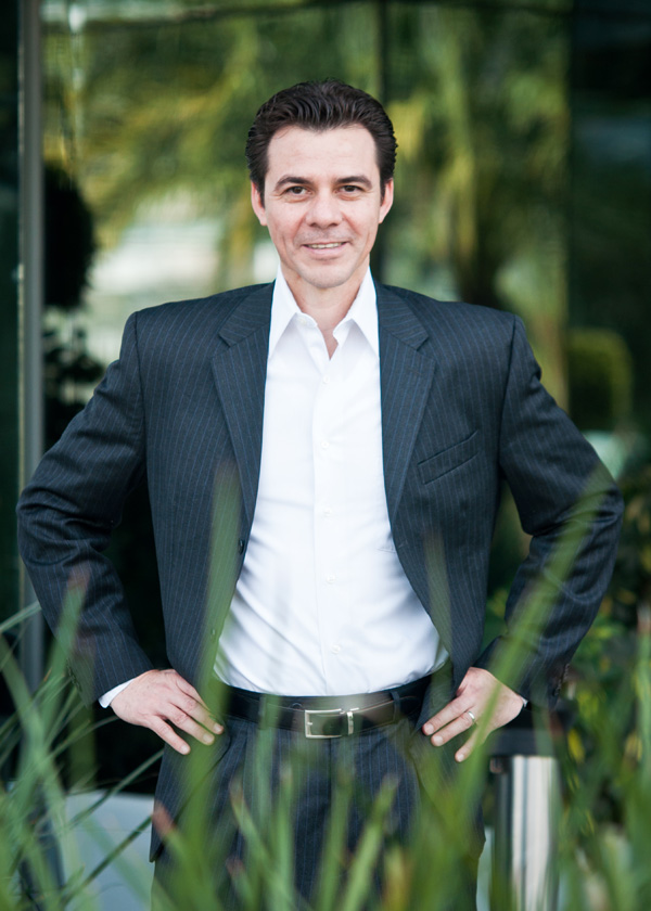 Octavio Regalado consultor y conferencista de redes sociales y marketing digital.